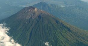 Mt. Agung Trekking Via Besakih Temple
